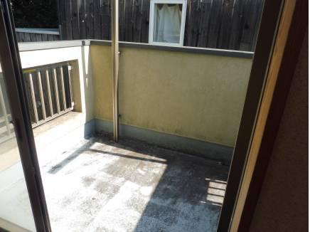 バルコニーも開放的な空間♪洗濯物もたくさん乾せますね。