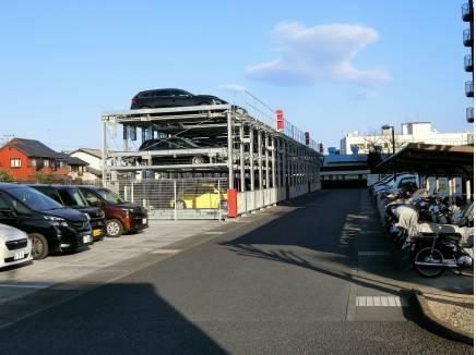 駐車場は機械式も昨年入替え 3ナンバー、ハイルーフも可能です!