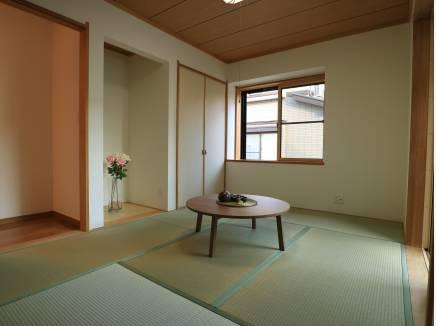 和室でゴロリ。心地よい我が家の象徴。