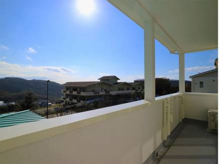 敷地は南西角地の為、陽光の恵をしっかりと堪能できます。