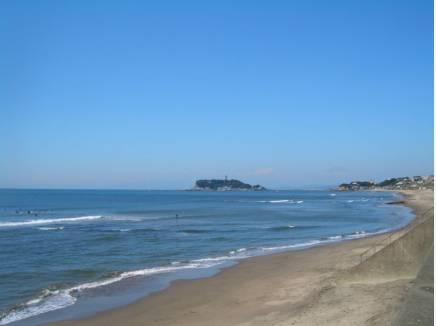 海まで徒歩9分(約720m)