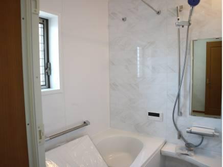 バスルームも綺麗です