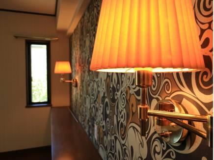 ホテルライクなランプシェードが寛ぎの時間を演出してくれます。