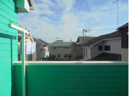 バルコニーからは湘南の青空が広がります