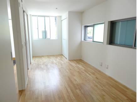 2部屋に分割可能の洋室