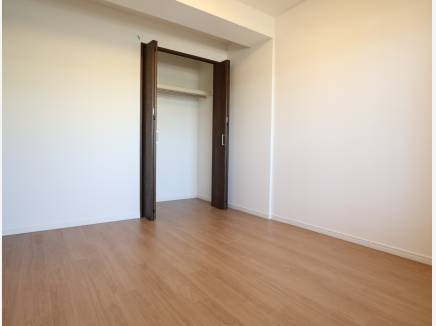 クローゼット完備の居室