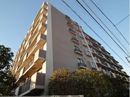 全73戸のマンションです