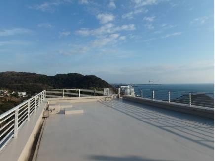 広い屋上で満天の星空を・・・ 360°パノラマ眺望です。