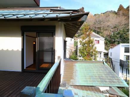 銅版葺きの屋根。
