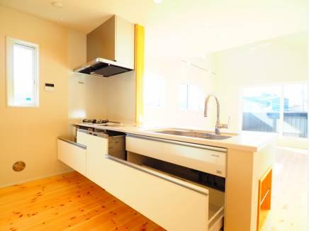 ビルトイン食洗機付システムキッチン
