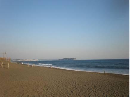 海までは歩いて8分♪(約650m)