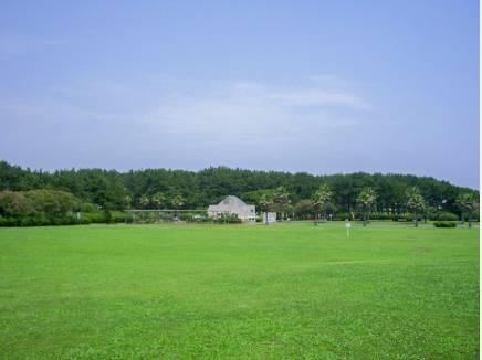 辻堂海浜公園まで徒歩8分(約600m)
