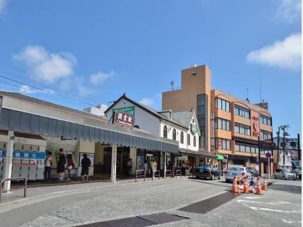 JR横須賀線「鎌倉」駅まで徒歩18分