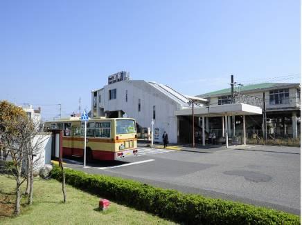 JR『二宮駅』(約800m)