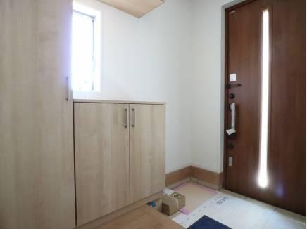 採光を考えた玄関ホール