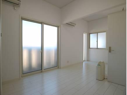 こちらの洋室も2部屋に分割可能です。