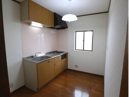2階キッチン。コンパクトキッチンです。