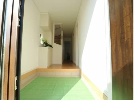 広い玄関ホールです。