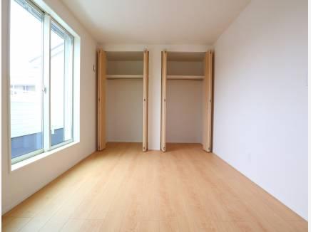 各居室クローゼットがあります