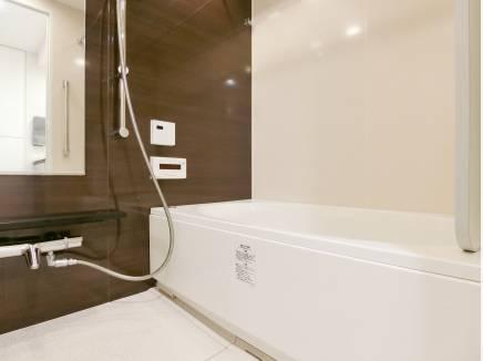 浴室。洗い場が広くゆったりサイズが自慢です