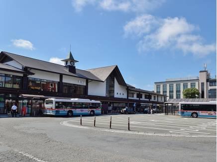 JR横須賀線「鎌倉」駅まで徒歩15分