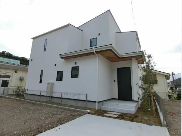神奈川県三浦郡葉山町一色の新築戸建
