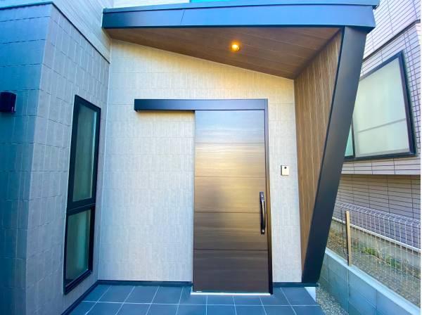 神奈川県藤沢市鵠沼海岸6丁目の新築戸建