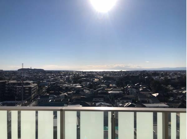 藤沢駅より徒歩6分の立地で、相模湾を一望できます!