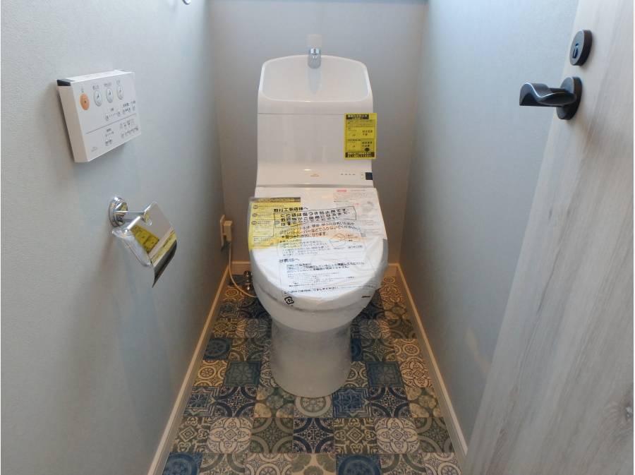 トイレもオシャレなタイル