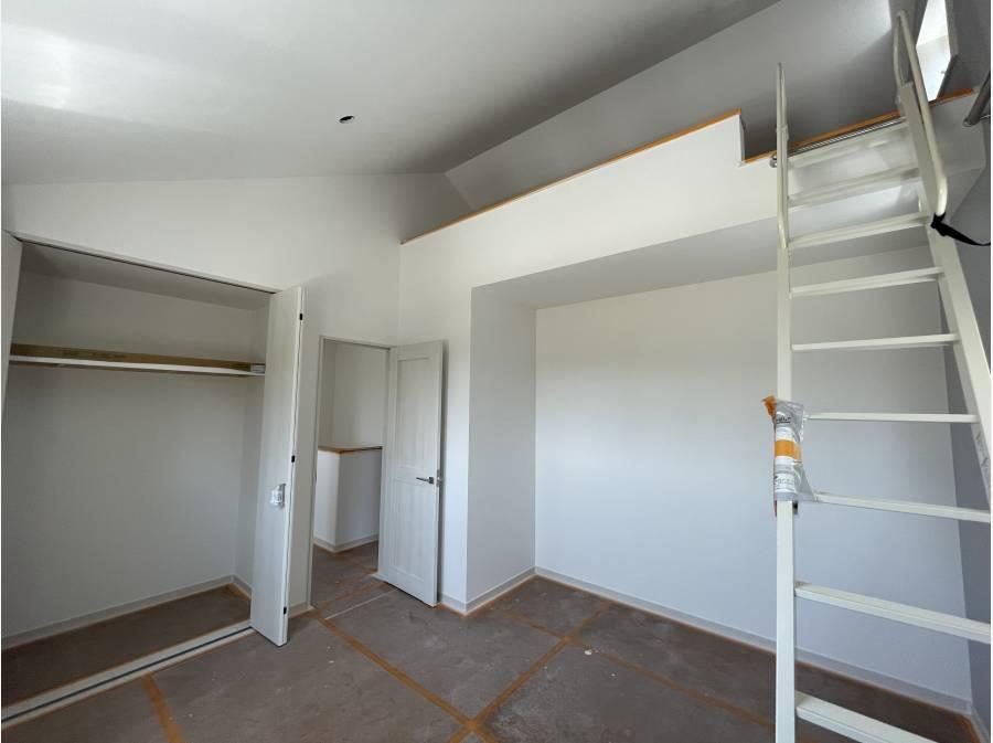 ロフト付きの2階の居室