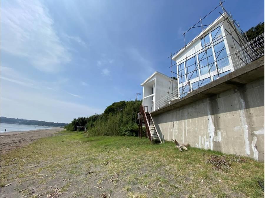 遮る建物・電線も無し! 海までは階段を下りるだけ!!