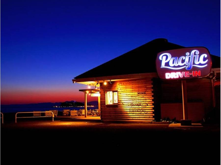 Pacific DRIVE-IN 約950M