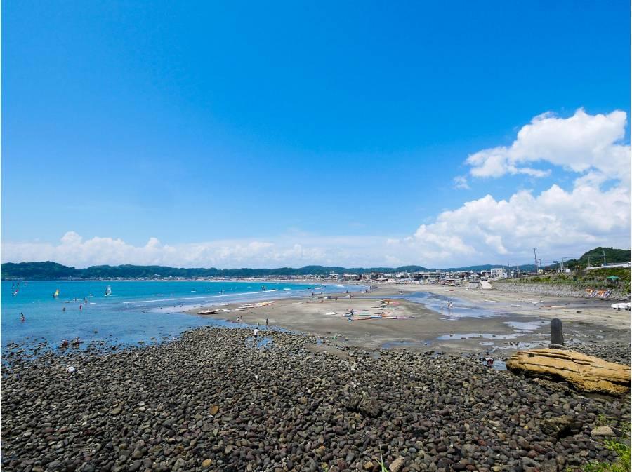 材木座海岸まで徒歩10分(約800m)