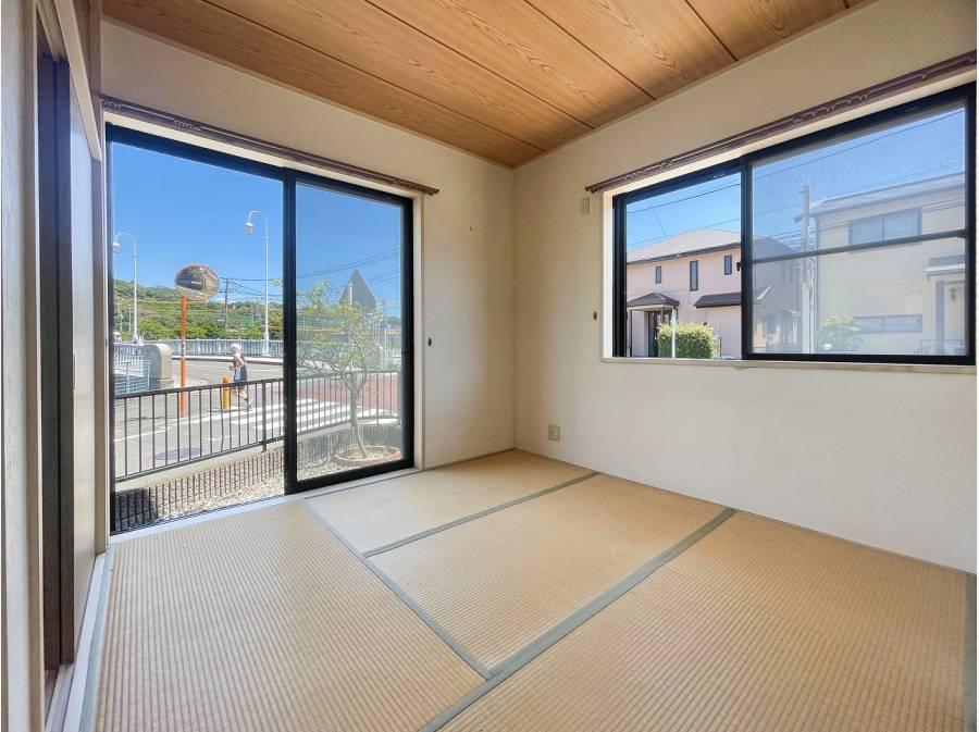 全居室、2面採光で明るい室内