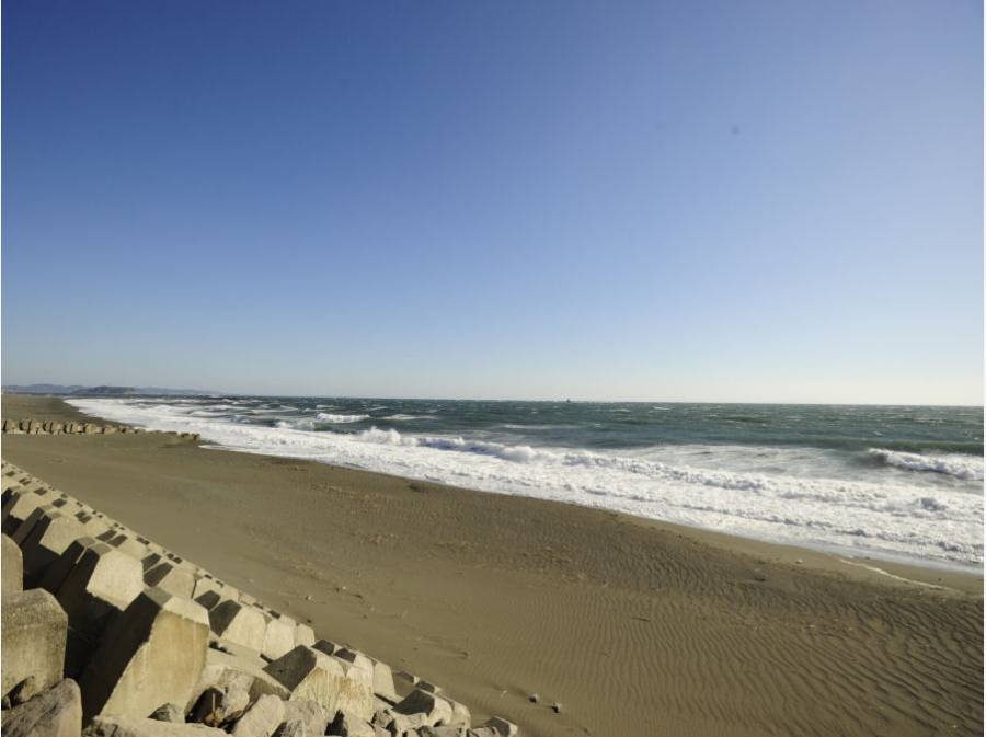 海まで歩いて8分(約640m)の立地に住むって楽しそうですね。