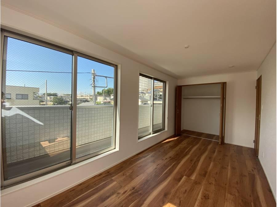 三階のプライベートルームは約8.2帖と約6.2帖のお部屋になります。