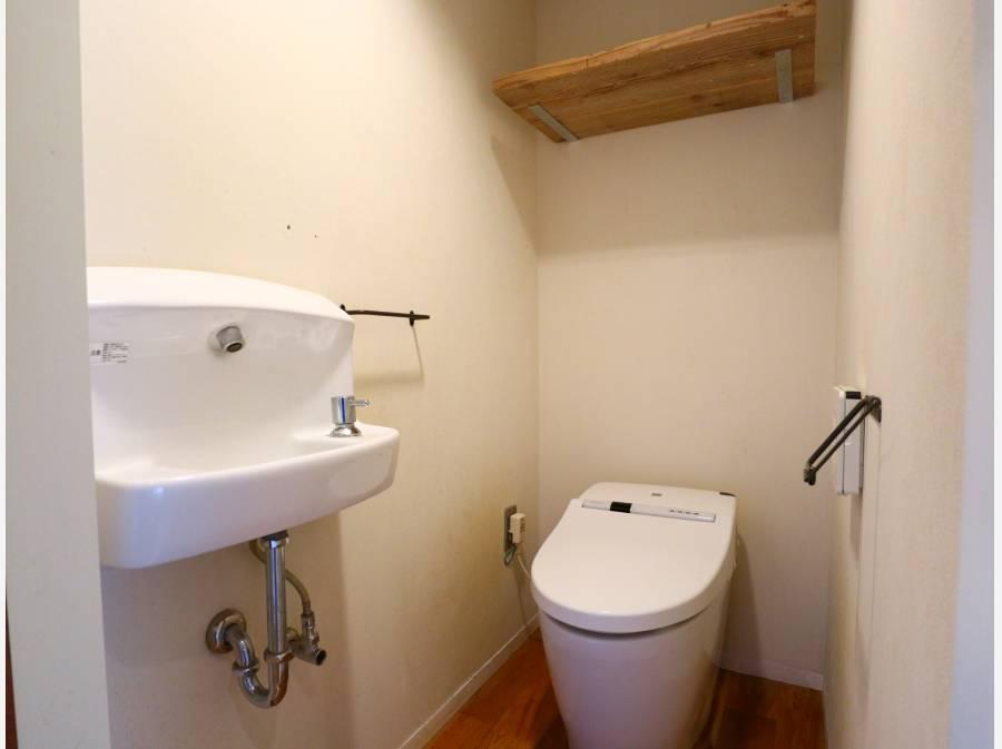 トイレはタンクレスで節水効果も!
