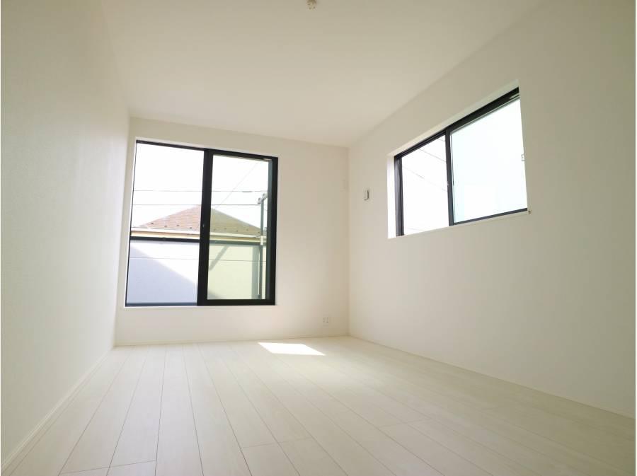 主寝室は8帖とゆとりある広さがあります