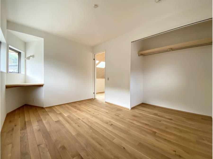 2階には洋室を2部屋ご用意
