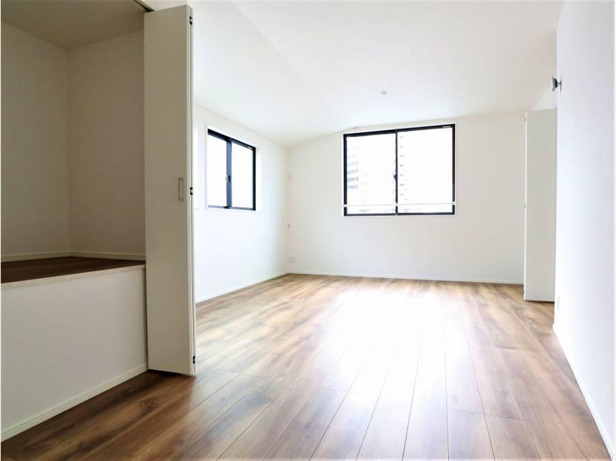 将来的に仕切り、2部屋に分けることが可能な11.4帖の居室