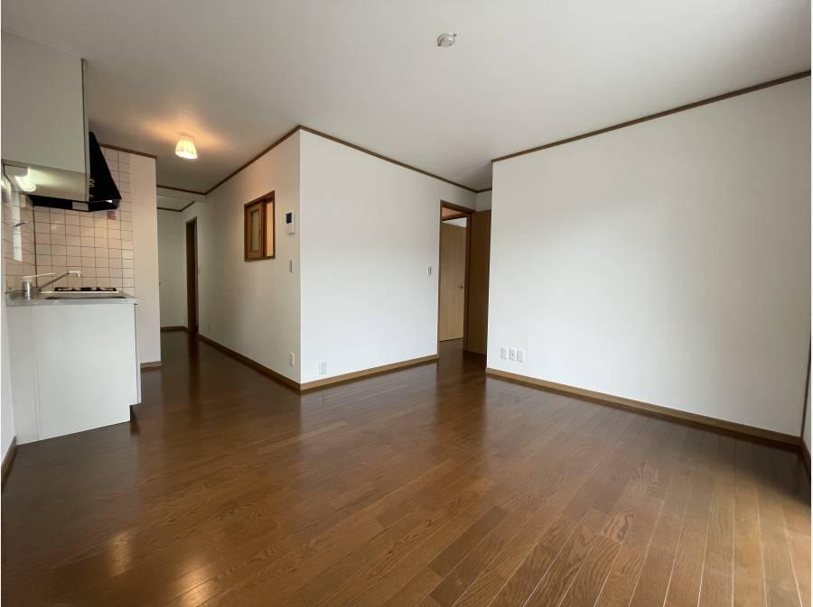 2階にもキッチン・洗面台があり、2世帯仕様。