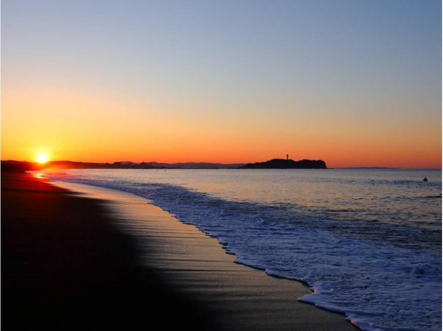 辻堂海岸まで約2.9km・・・ 遠くに見えるのは江ノ島です