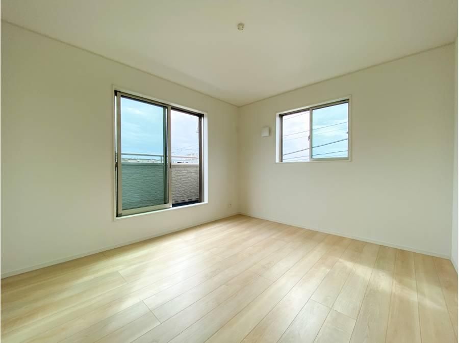 各居室2面採光で明るさ良好