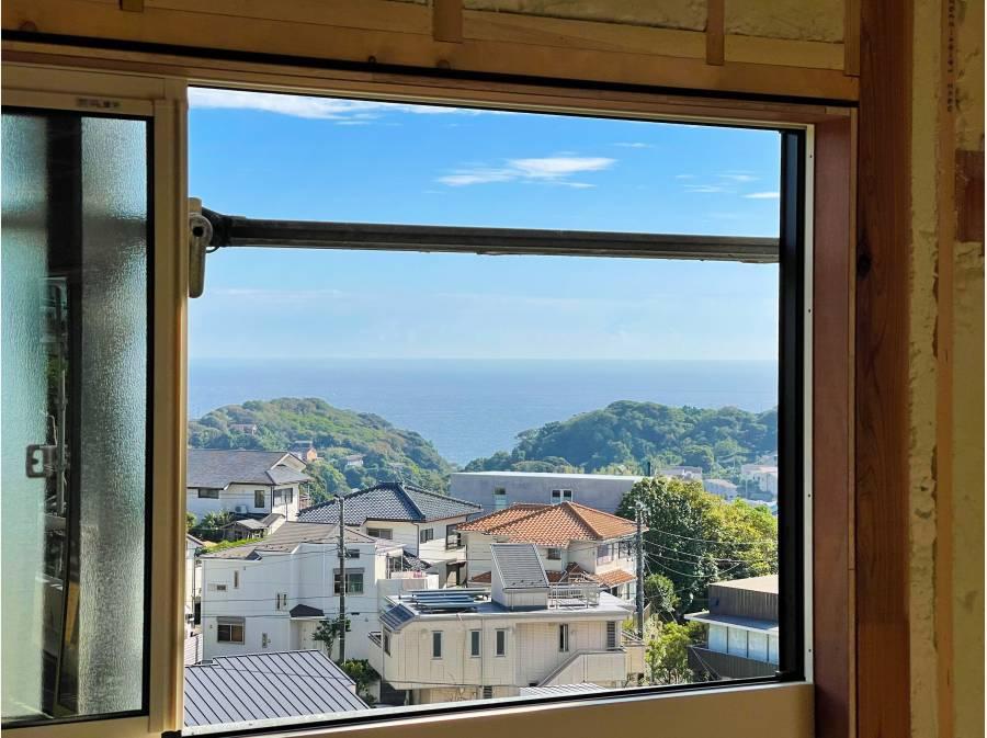 室内からも海を眺めることができます。