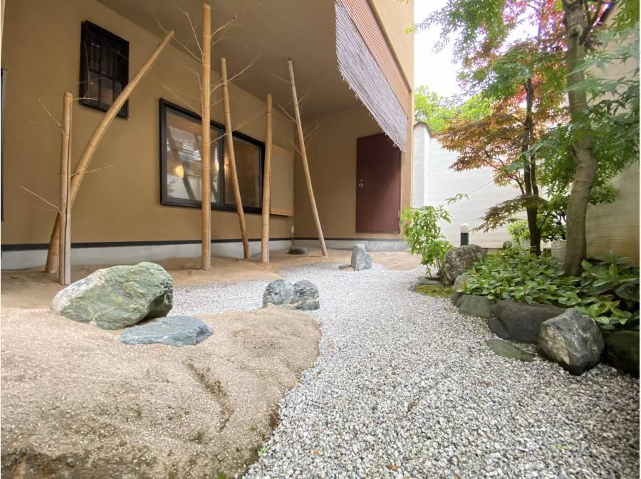 手入れの行き届いた日本庭園のようなお庭