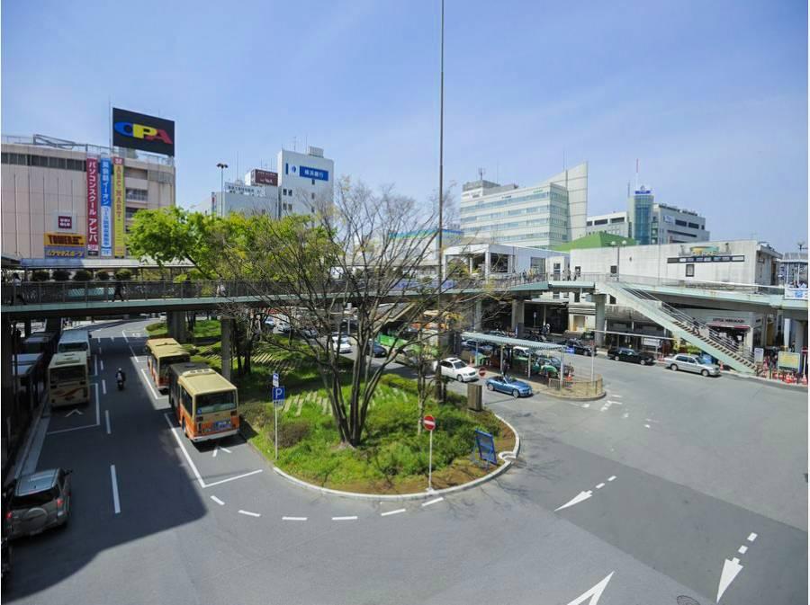 ターミナルの藤沢駅まで約1.3km