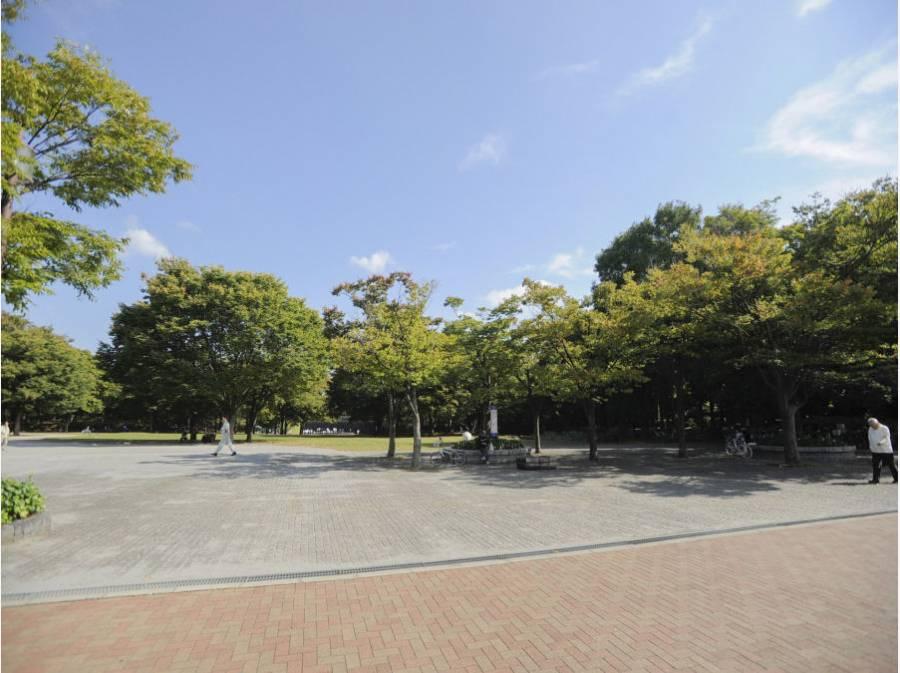 茅ヶ崎中央公園まで徒歩20分(約1600m)