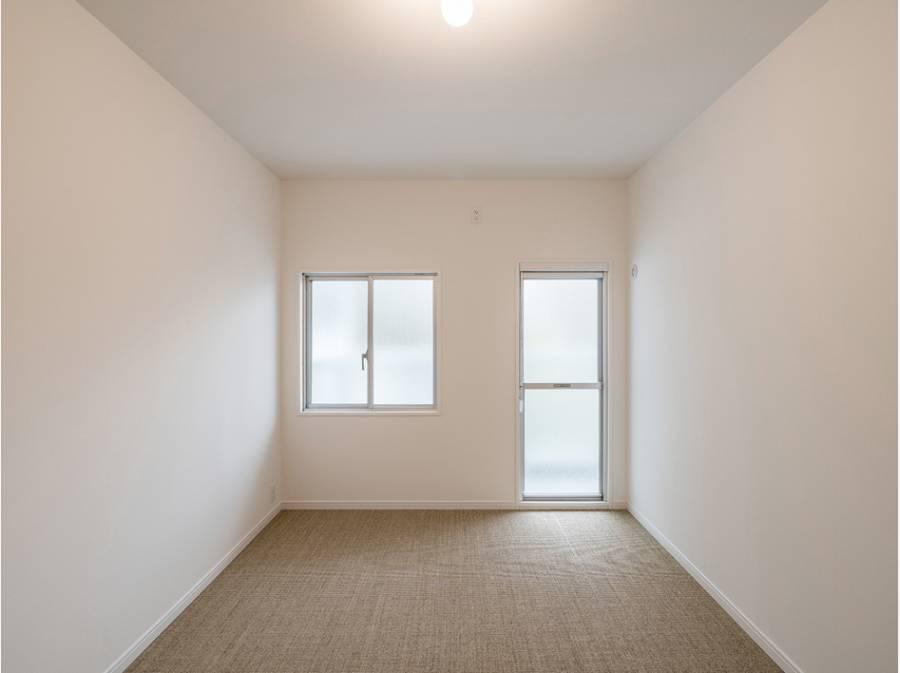 居室内も明るく開放的