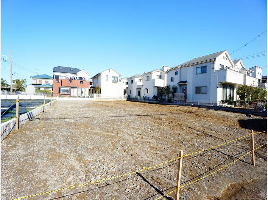ご紹介する区画は敷地約42坪とゆとりのある広さ。
