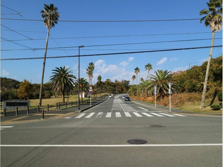 佐島なぎさの丘入り口